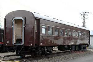 旧型客車オハ46 13